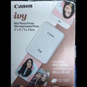 NWT Canon Ivy Mini Photo Printer